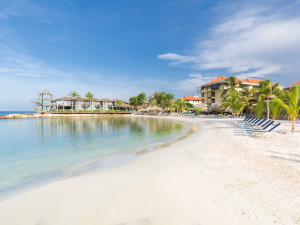 Search for a hotel located at the beach on Curacao