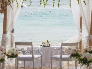 Alles, was Sie über eine Hochzeit am Strand wissen sollten