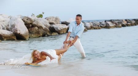 not every dress is a beach wedding dress avila beach hotel curacao. Black Bedroom Furniture Sets. Home Design Ideas