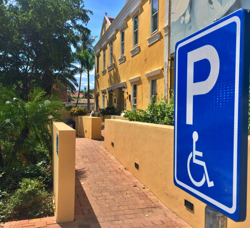 Rollstuhlgerechter Zugang Avila Beach Hotel