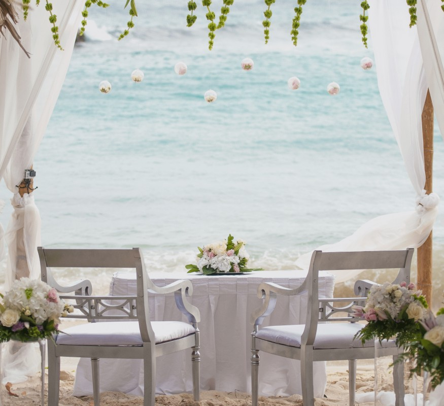 Your romantic dream wedding on the beach on Curacao