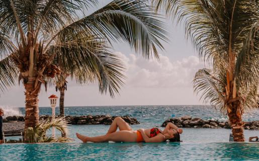 Genießen Sie einen Massage-, Strand- oder Pooltag & Mittagessen für Nafl. 79