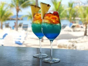 Wie Sie sich (zu Hause) Avilas berühmten Bon Bini Cocktail mixen können