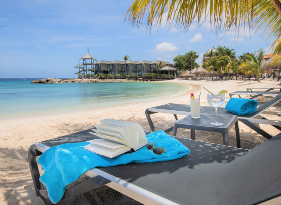 10 reasons to choose the Avila Beach Hotel on Curacao