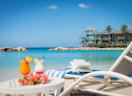 10 reasons to choose the Avila Beach Hotel on Curacao