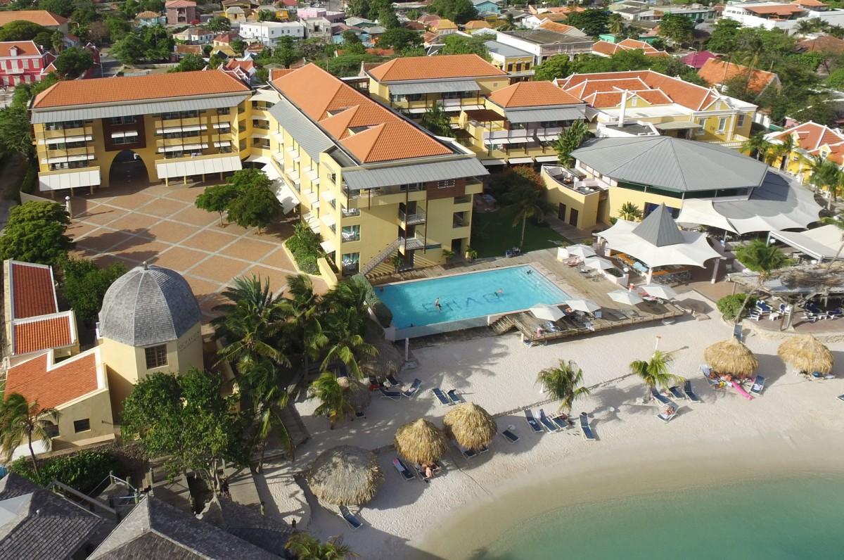 Rooms & Apartments - Avila Beach Hotel Curacao